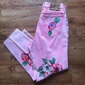 Vintage Lee Embroidered High Waisted Mom Jeans